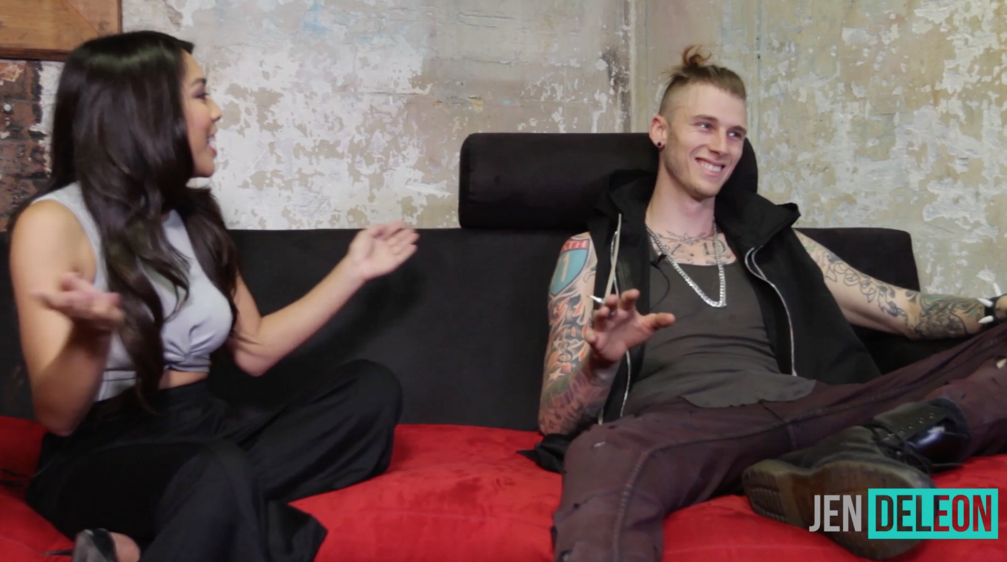 """Machine Gun Kelly: """"When I'm With Her, Nothing Else Matters."""""""